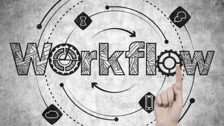 Studio Monitors: KRK Rokit 4 G3.