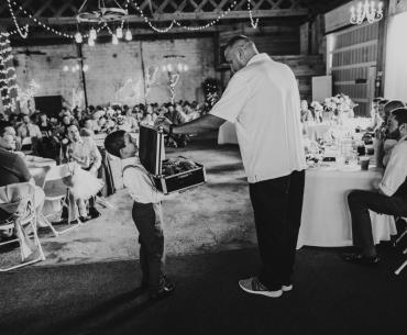 how to dj a wedding