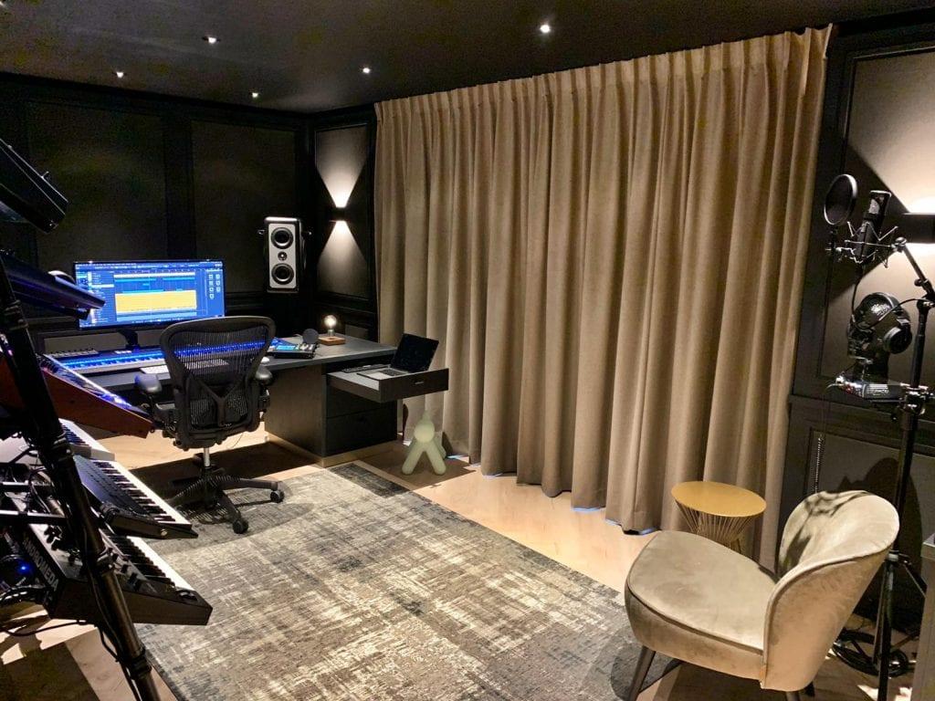 Ferry Corsten Studio 2020